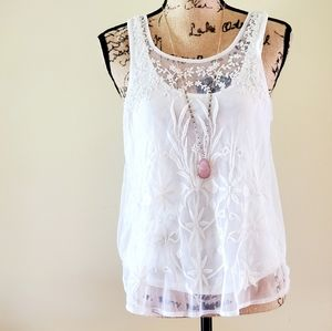 AE Outfitters white lace tank